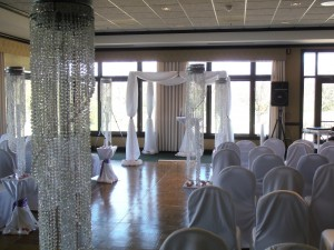 Bling Indoor Ceremony Set-up